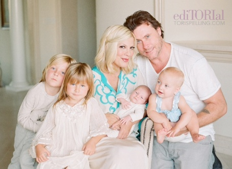 tori-spelling-shares-new-family-photo